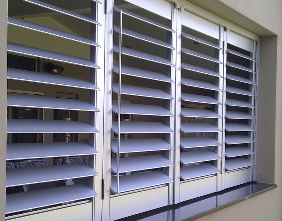 exterior plantation shutter rialto shutters sydney. Black Bedroom Furniture Sets. Home Design Ideas