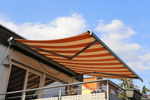 Image of a high quality retractable awning