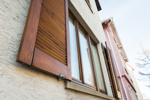 What You Need to Know about Choosing the Right Exterior and Interior Window Shutters