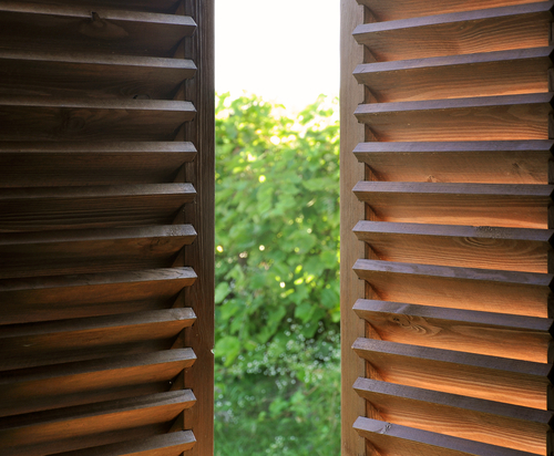 How to Estimate the Cost of Plantation Shutters