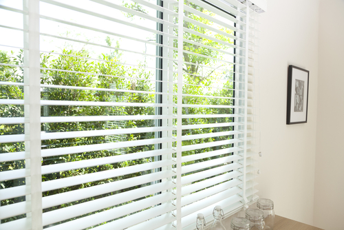 Image of a quality white Venetian Blinds